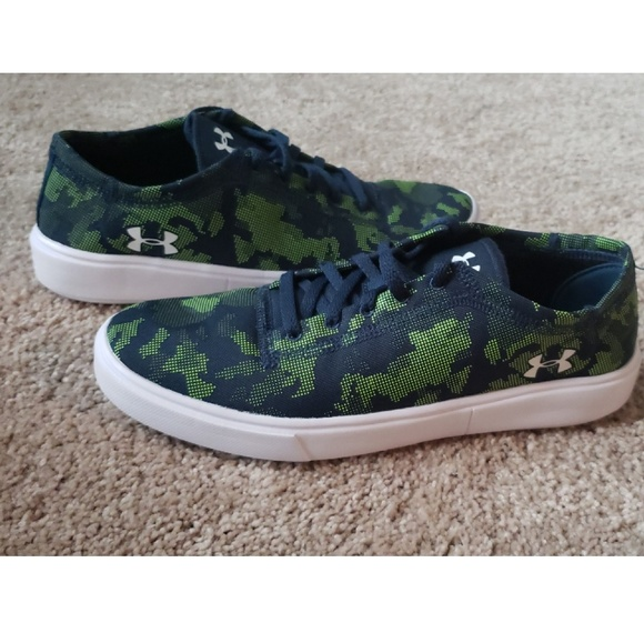Under Armour Other - Under armour Low lightweight shoes Kickit2